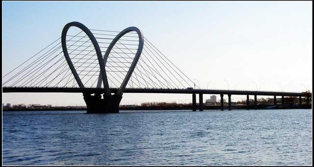 名称:三好桥引道ManBetX安卓官网